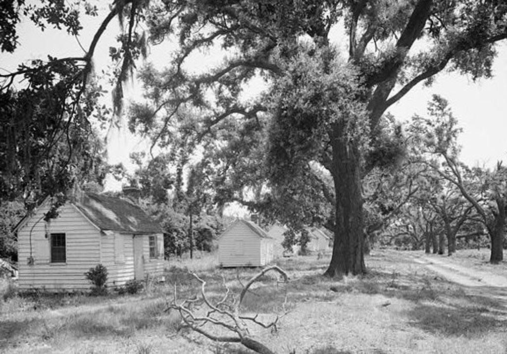 Plantation living quarters for blacks